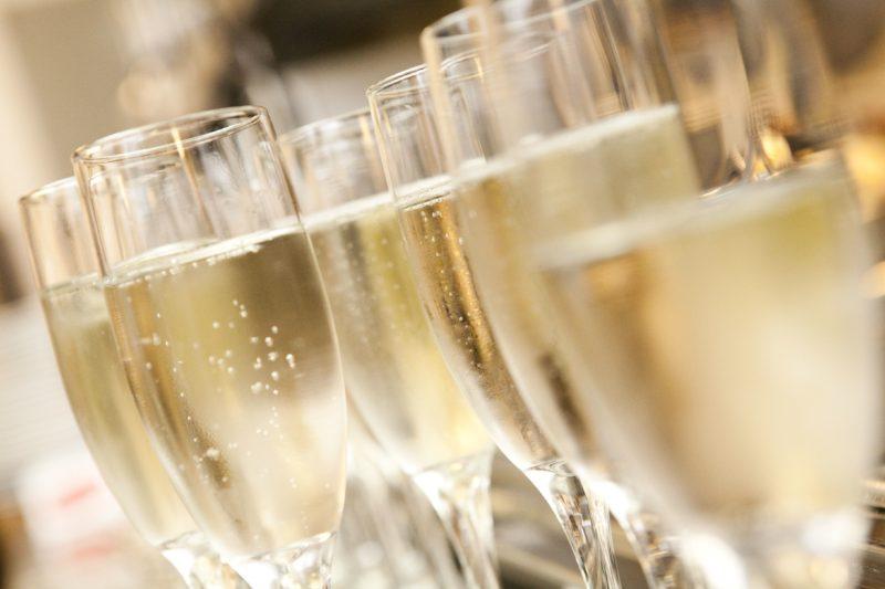 champagne-800x533.jpg