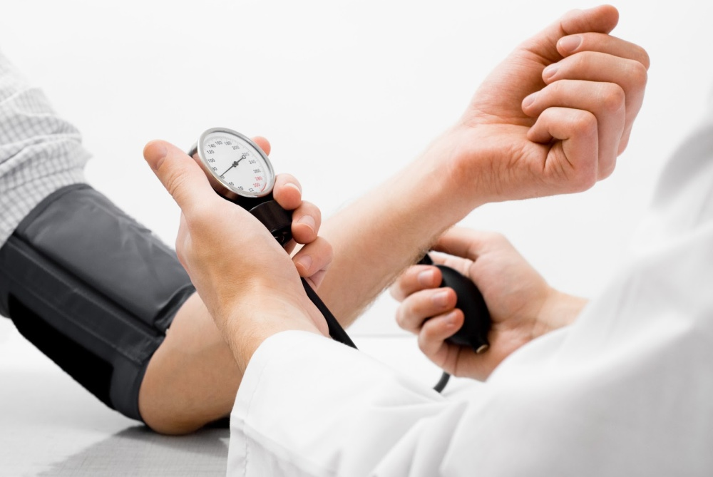 hoge-bloeddruk-meten.jpg